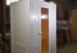 Видеообзор белой кедровой 2мест ик-сауны с кермич. нагревателями
