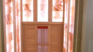 кедровая инфракрасная сауна с гималайской солью с подсветкой